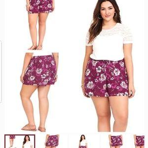Torrid wine color size 2X floral print shorts